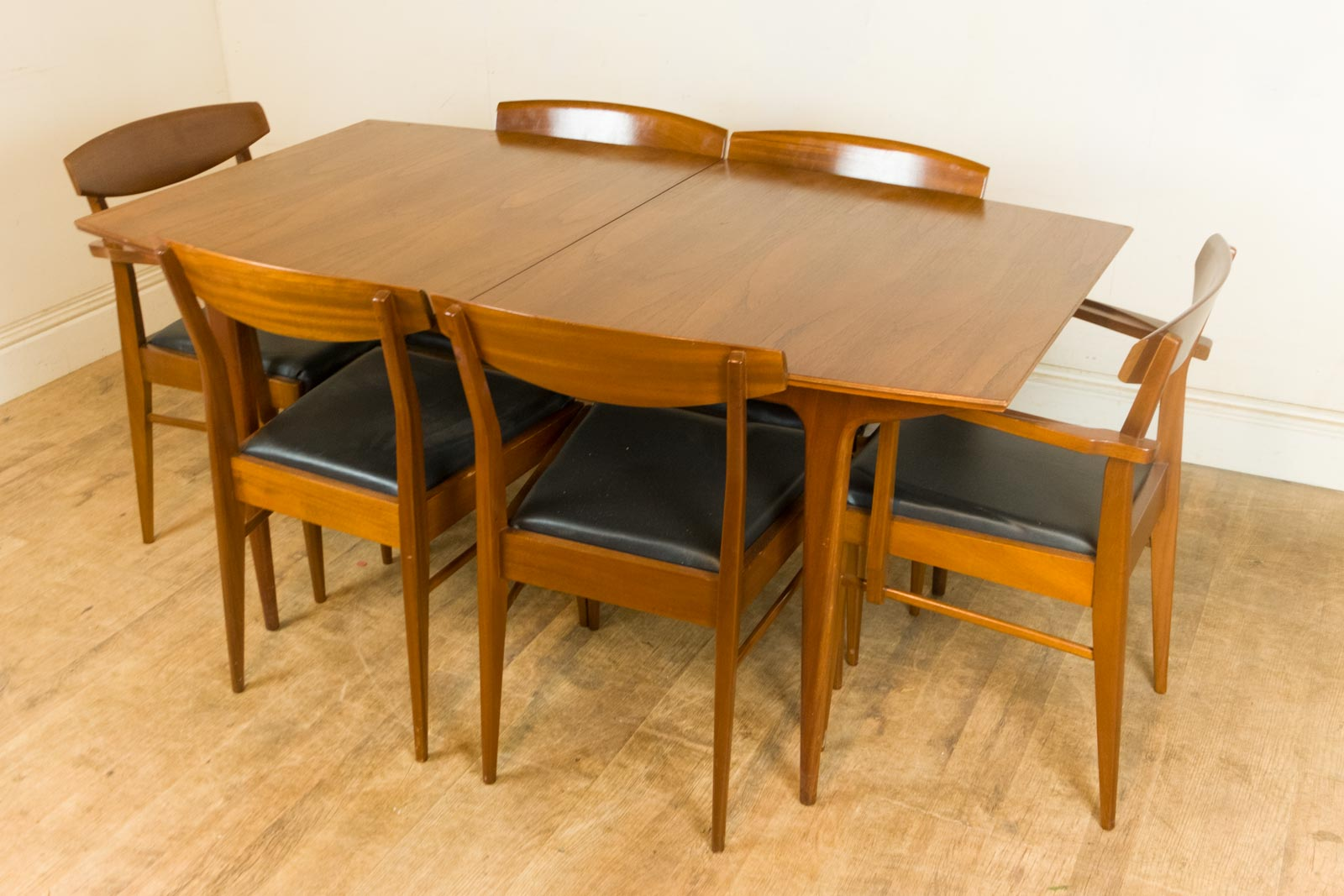 vintage retro mid century teak extending dining table and 6 chairs by mcintosh. Black Bedroom Furniture Sets. Home Design Ideas