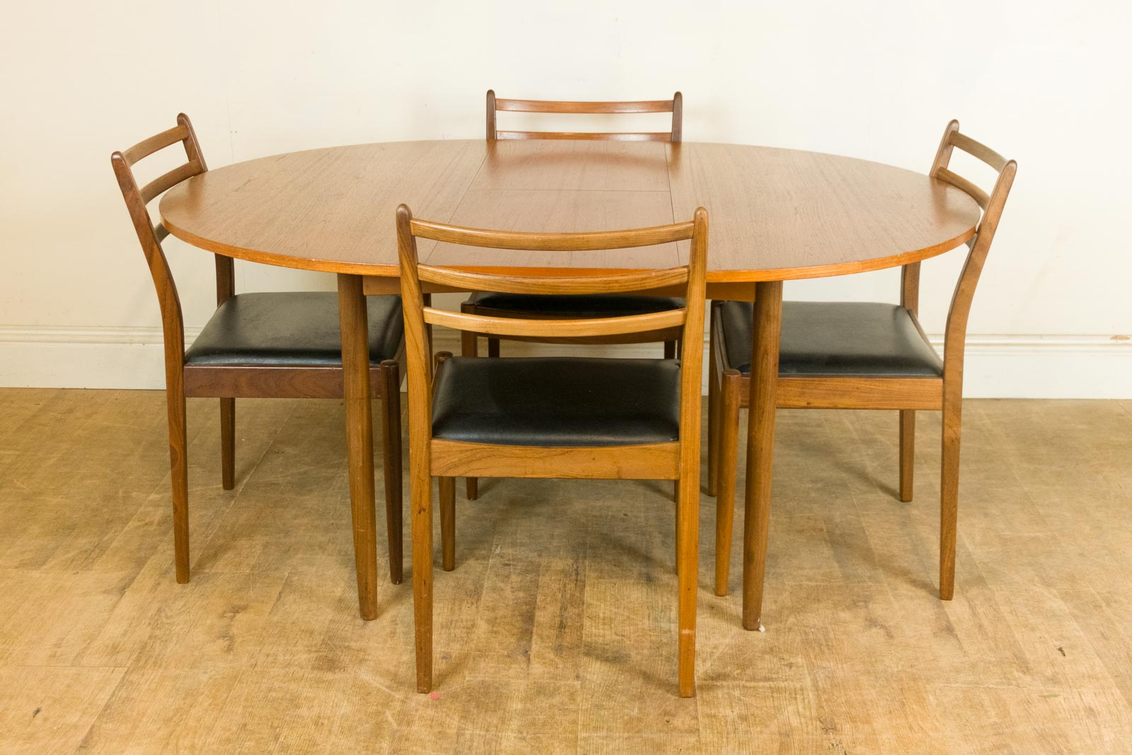 Vintage retro teak mid century dining table and 4 chairs for G plan teak dining room furniture