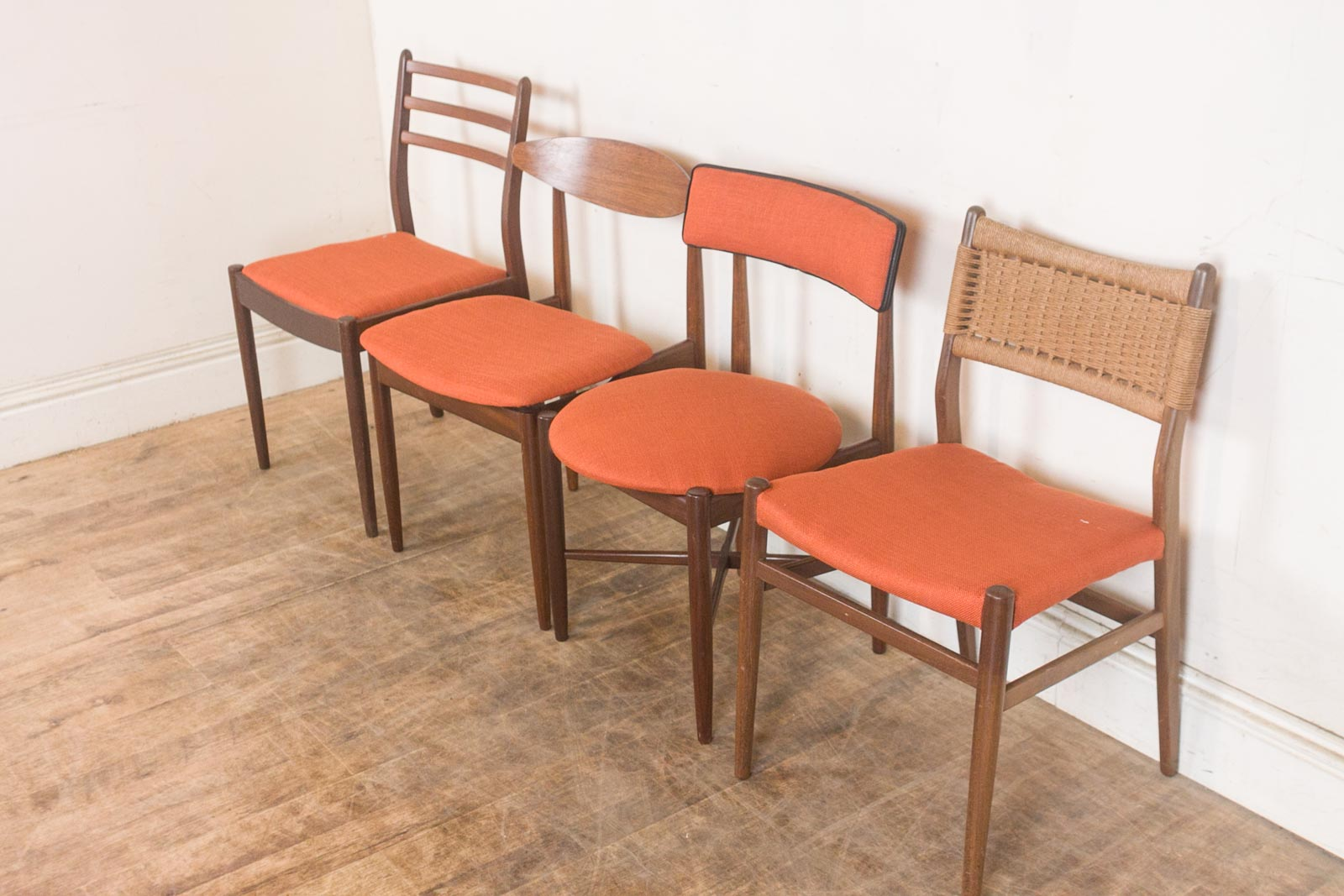 Vintage Retro G Plan Teak Oval Dining Table and 4 Mixed G  : hV040613 10 from www.ebay.co.uk size 1600 x 1067 jpeg 197kB
