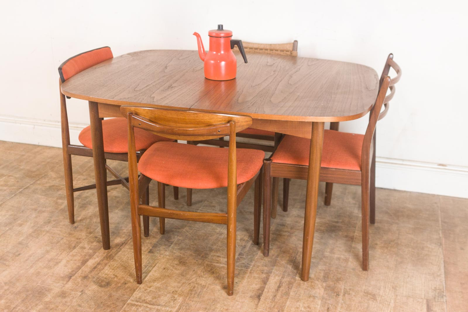Vintage Retro G Plan Teak Oval Dining Table and 4 Mixed G  : hV040613 2 from www.ebay.co.uk size 1600 x 1067 jpeg 189kB