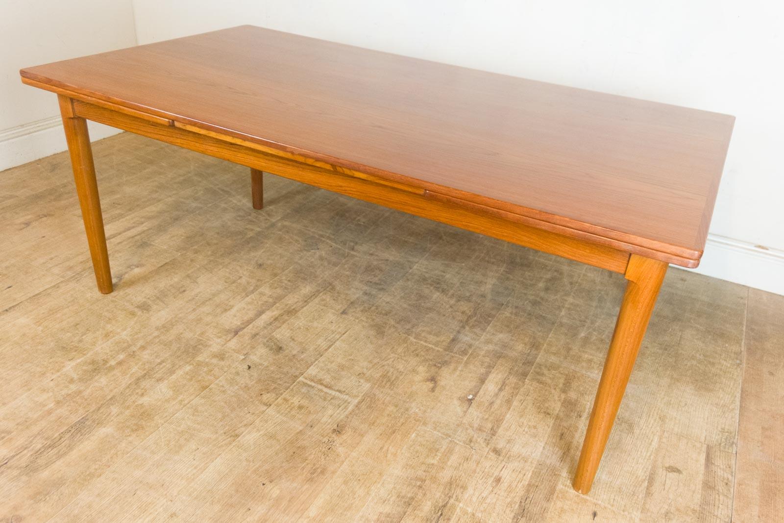 Vintage Retro Large Teak Danish Extending Dining Table eBay : HV011007 3 from www.ebay.co.uk size 1600 x 1067 jpeg 220kB